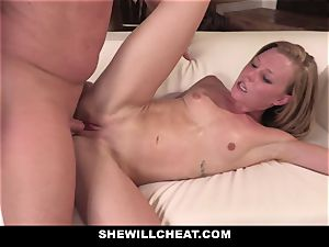 SheWillCheat - Squirty wifey Gets Slayed By Internet guy