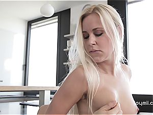 Dido Angel is a real demon when she wants fuck-stick