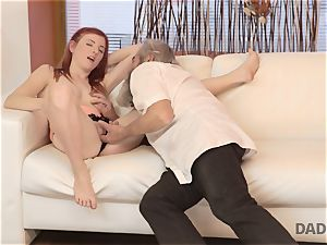 DADDY4K. messy guy thumbs girlfriend for hotwife on him with horny parent