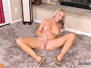 Erica Lauren luvs toying dildo Herself