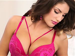 August Ames seduction of a ideal muff