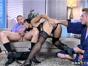 chinese Mia Li drool roasted by two firm knobs