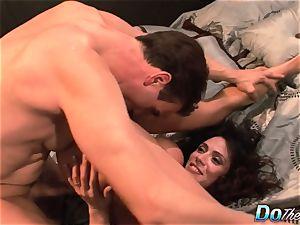 hotwife wifey Ariella Ferrara smash boy