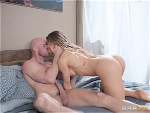 threeway with Nicole Aniston and Amia Miley