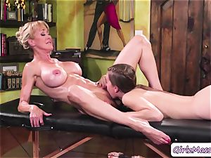 masseuse Jill Kassidy massage Brandi enjoy body and eats her raw beaver