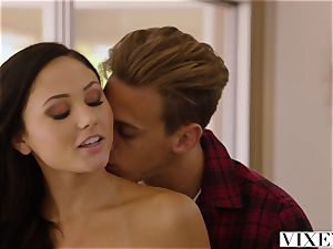 VIXEN Ariana Marie Cheats With A ample bone