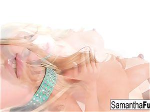 Samantha Plays With A meaty dildo