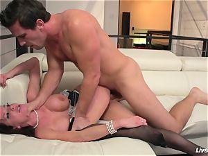 LiveGonzo Veronica Avluv horny Mature luvs man meat