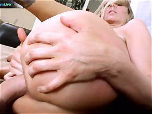 Julia Ann getting her widely opened fuck hole opened up